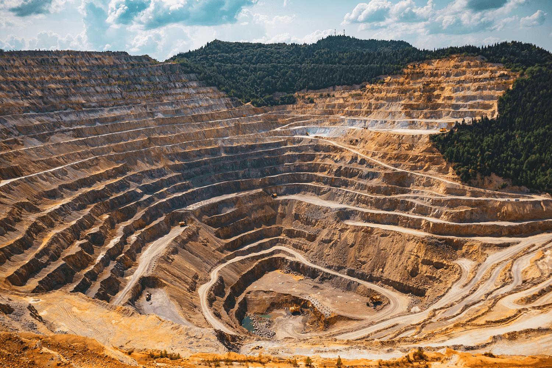 Modelamiento numérico aplicado al diseño de estructuras mineras – Curso Corto